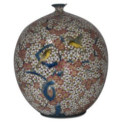 Decorative Large Japanese Imari Porcelain Vase by Contemporary Master Artist
