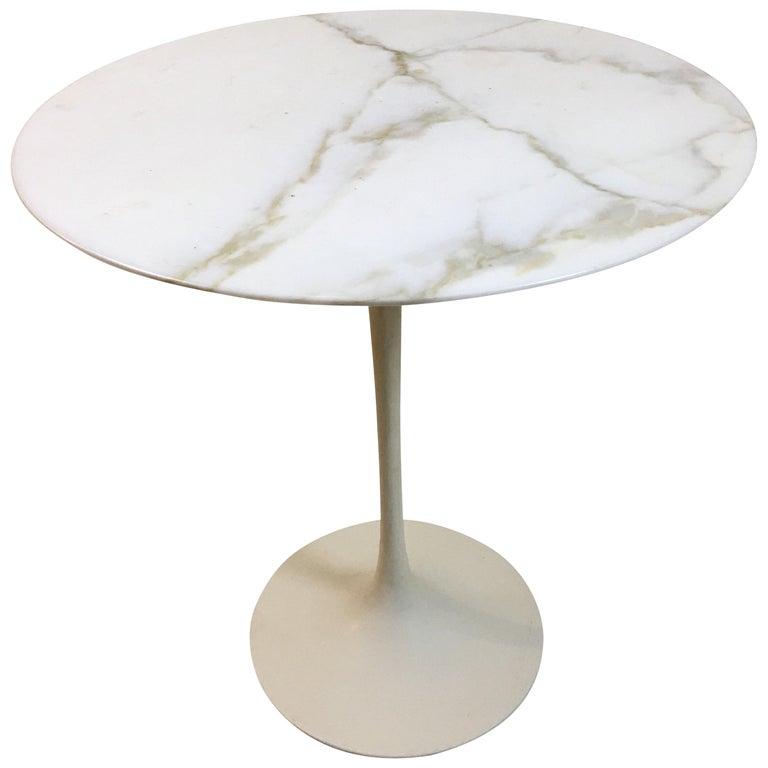 Eero Saarinen for Knoll Round Marble Side Table