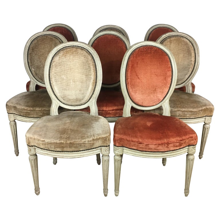 Set of Eight 19th Century Louis XVI Medaillon Dining Chairs For Sale