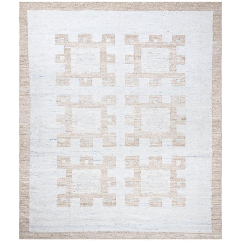 Schumacher Dimma Area Rug In Hand Woven Viscose By Patterson Flynn Martin For