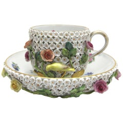 Very Rare and Beautiful Meissen Porcelain Coffee Cup and Sauce in Snowball Decor