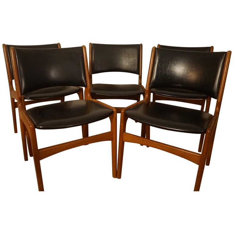Erik Buch Dining Chairs in Solid Teak and Black Leather For Sale