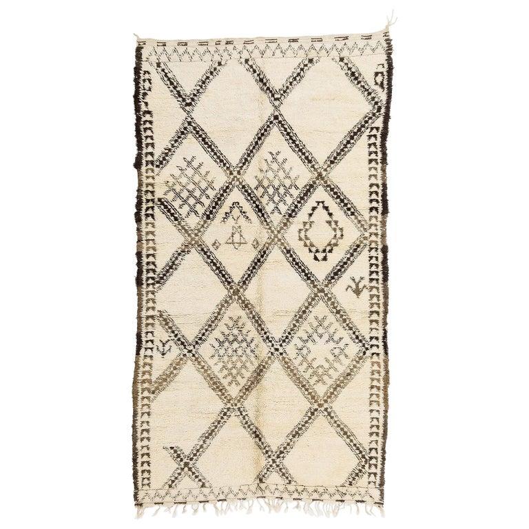 Vintage Moroccan Beni Ouarain Berber Rug