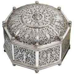 Rare Indo-Portuguese Silver Octagonal Box '17th Century Portugal'