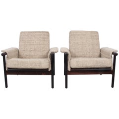 Pair of Danish Modern Rosewood Lounge Chairs in Natural Woven Oatmeal