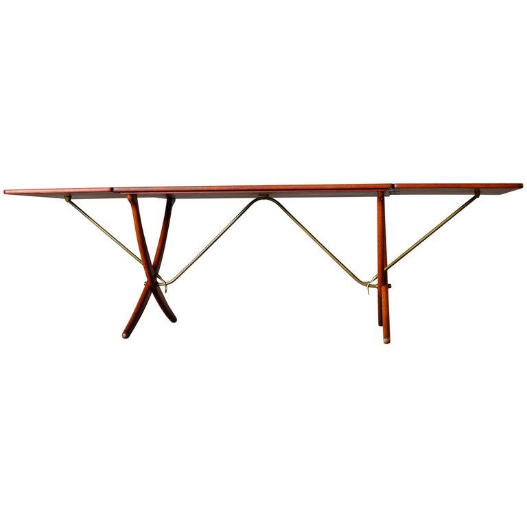 Hans Wegner Sabre-Leg Table