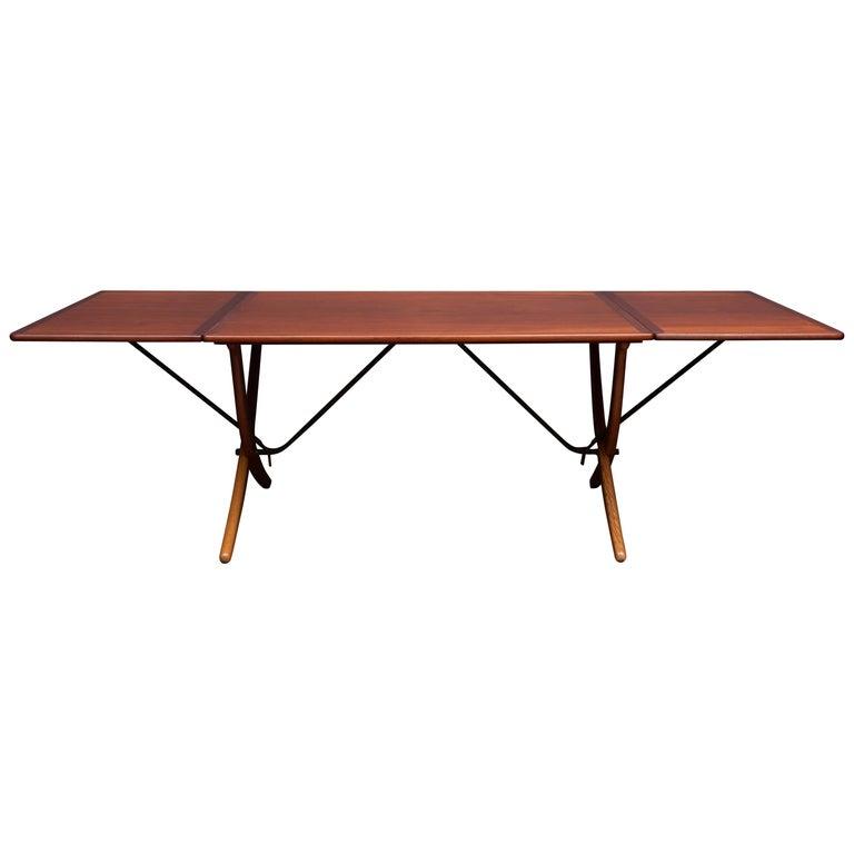 Hans Wegner Sabre Leg Dining Table Model AT-304 For Sale