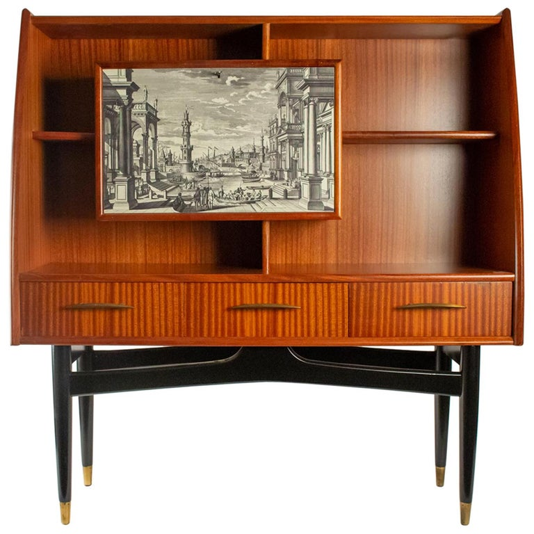 Nice Writing Desk Cabinet with Printed Architectural View on Door, Italy 1950s For Sale