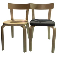 Set of 2 Mix and Match Artek 69 Chairs