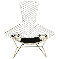 1952, Harry Bertoia, Knoll International, Bird Chair in White with Black Pillow