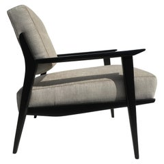 Pair of Lounge Chairs in the style of Carlo de Carli