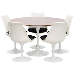 Eero Saarinen Tulip table set Knoll International, 1956