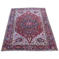 Heriz Carpet Strong Design Ivory Background Early 20th Century