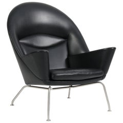 Hans J. Wegner Oculus Lounge Chair in Thor Leather