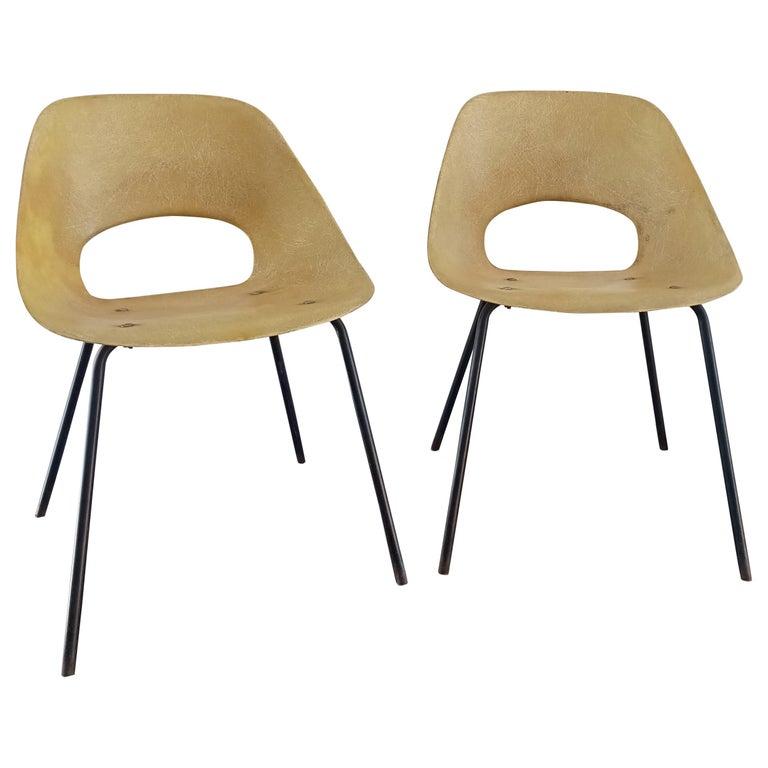 """Rare Pair of """"Tonneau"""" Fiberglass Chairs by Pierre Guariche, France, 1960s"""