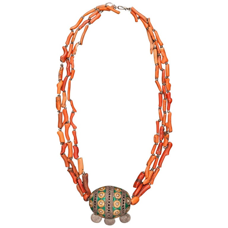 Early 20th Century Tribal Coral and Silver Pendant Necklace, Morocco For Sale