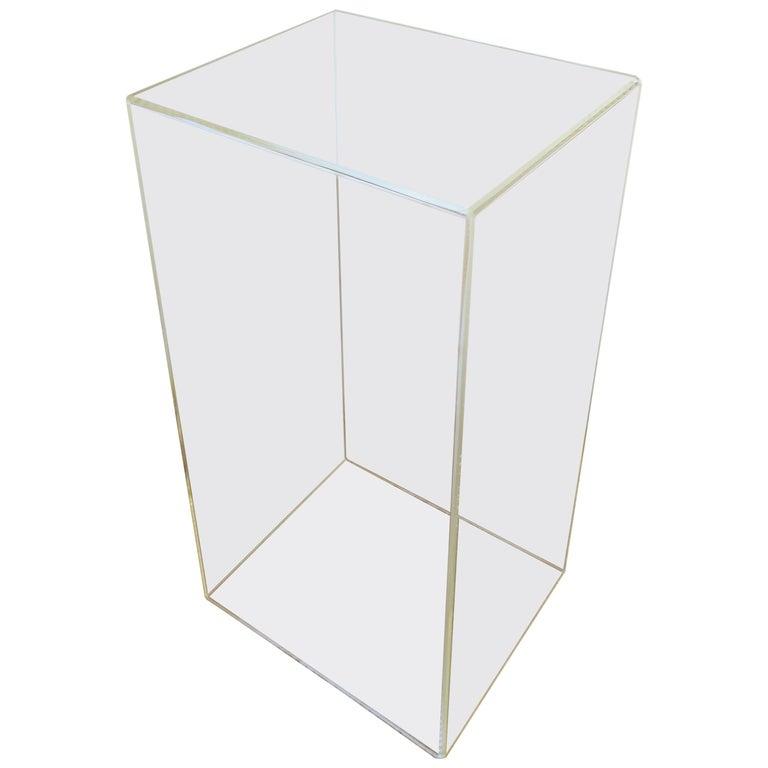 Acrylic Pedestal Stand