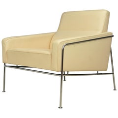 Danish Leather Arne Jacobsen Series 3300 Cream Leather Armchair, Fritz Hansen