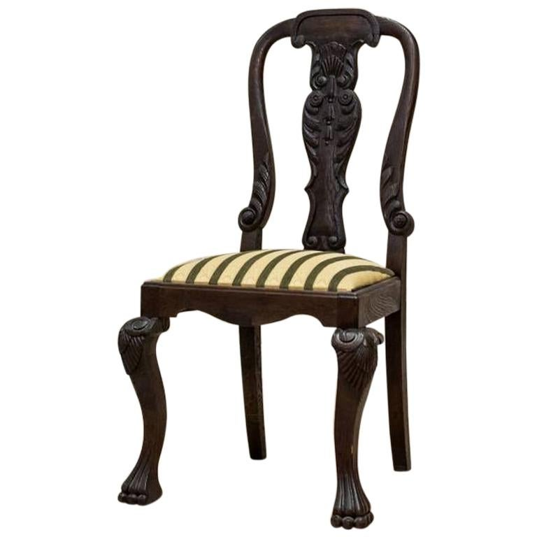 Oak Chair from the Early 20th Century