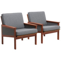 Pair of Capella Lounge Chairs by Illum Wikkelsø, 1959