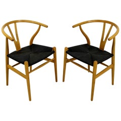 Mid-Century Modern Set of 2 New Hans Wegner Hansen Wishbone Dining Chairs, Ch24