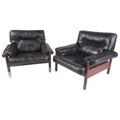 Pair of Lounge Chairs by Carlo de Carli for Sormani