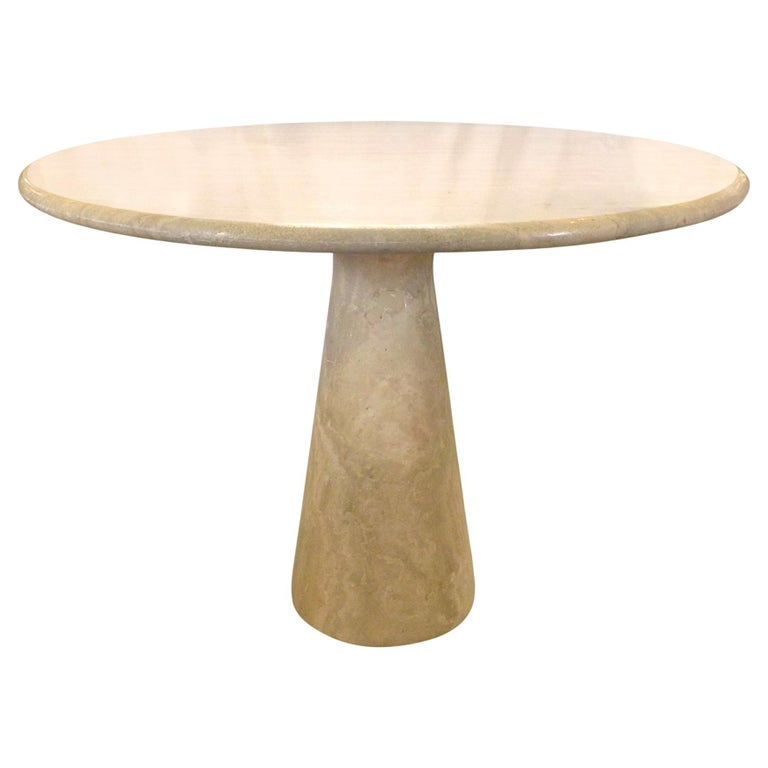 Round Travertine Dining Table in the Manner of Angelo Mangiarotti