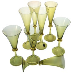 Cenedese Set of 8 Flutes Wine, Murano Green Glass Fume Gold Leaf, Signed Label