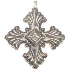 Vintage 1973 Reed & Barton Sterling Silver Christmas Cross Ornament