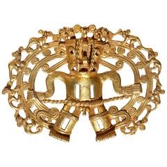 Pre Columbian Gold Shaman with Monkeys Pendant Diquís A.D. 1000-1500