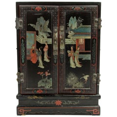 Early 20th Century Chinoiserie Style Cabinet