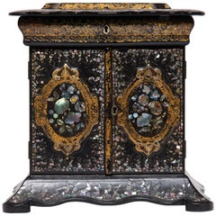 Late Victorian English Table Casket with Mother of Pearl Inlay