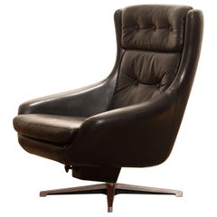 1960s, Black Leather Swivel Rocking Lounge Chair by Lennart Bender