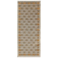 Scandinavian Flat-Weave Design Short Runner in Tan and Light Brown Colors