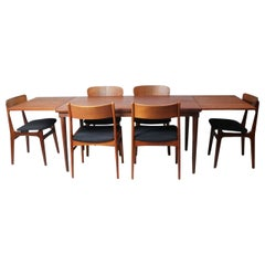Mid-Century Modern Very Large Extendable Danish Dining Table and 6 Chairs