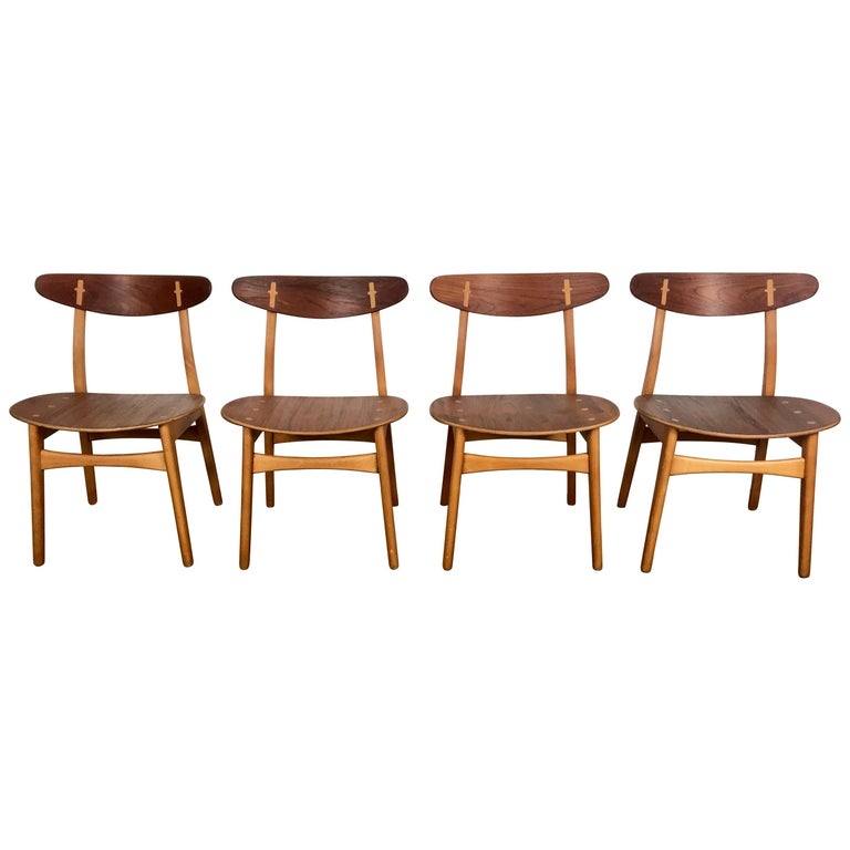 Set 4 Dining Chairs CH-30 Designed by Hans Wegner for Carl Hansen & Sons For Sale