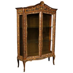 20th Century Painted and Chiseled Faux Ivory Italian Display Cabinet, 1960