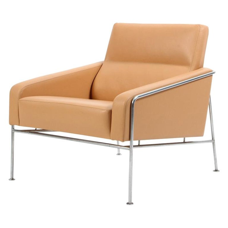 Arne Jacobsen Series 3300 Natural Leather Armchair, Fritz Hansen For Sale