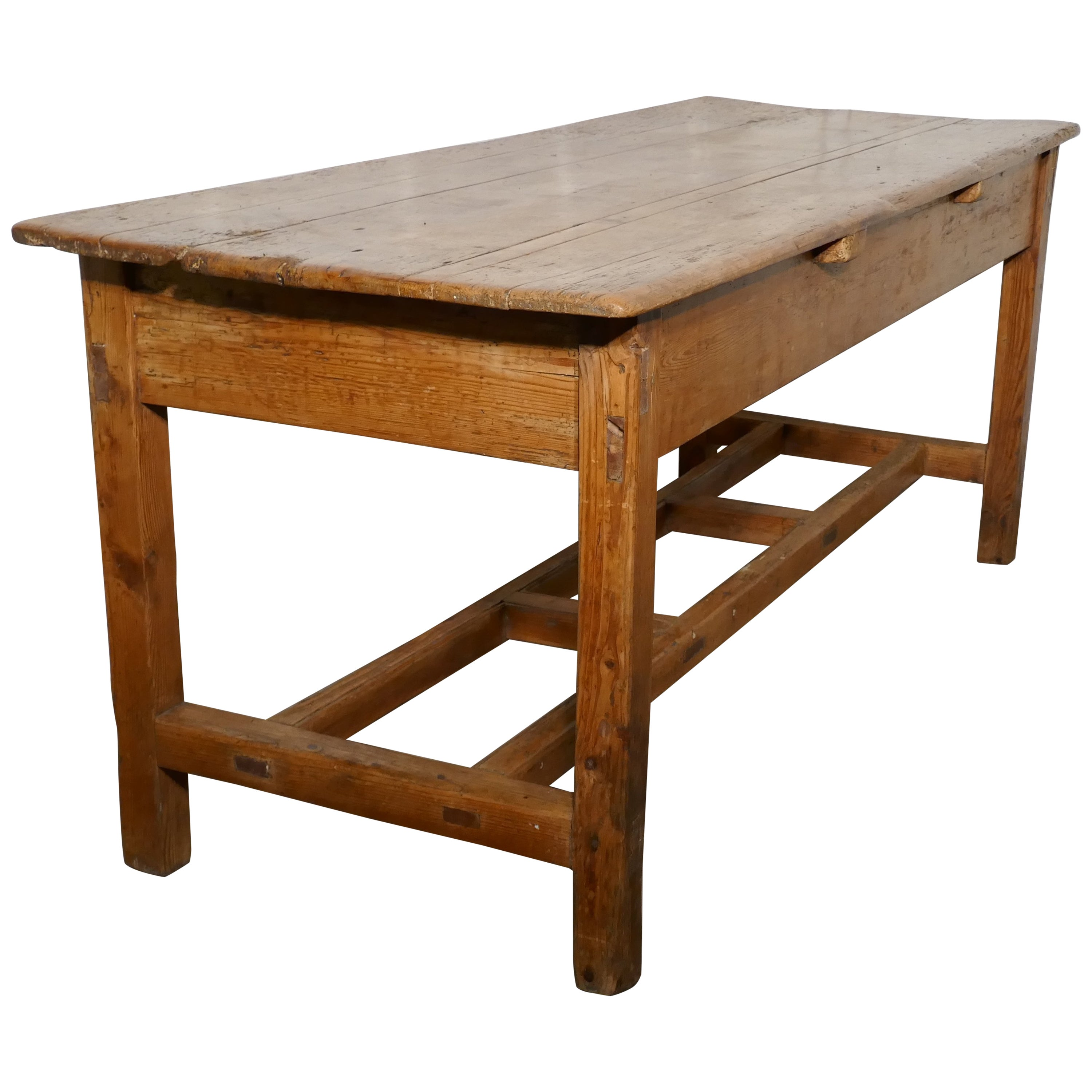 Charmant Sturdy Rustic Pine Farmhouse Table For Sale At 1stdibs
