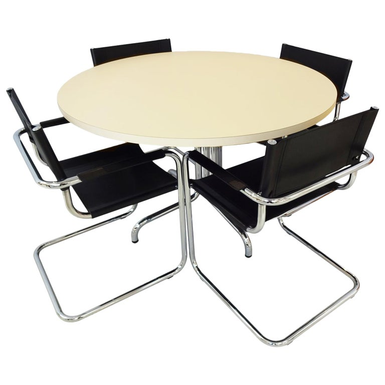 Dining Set - Vintage Midcentury Mart Stam design chairs with Thonet Table For Sale