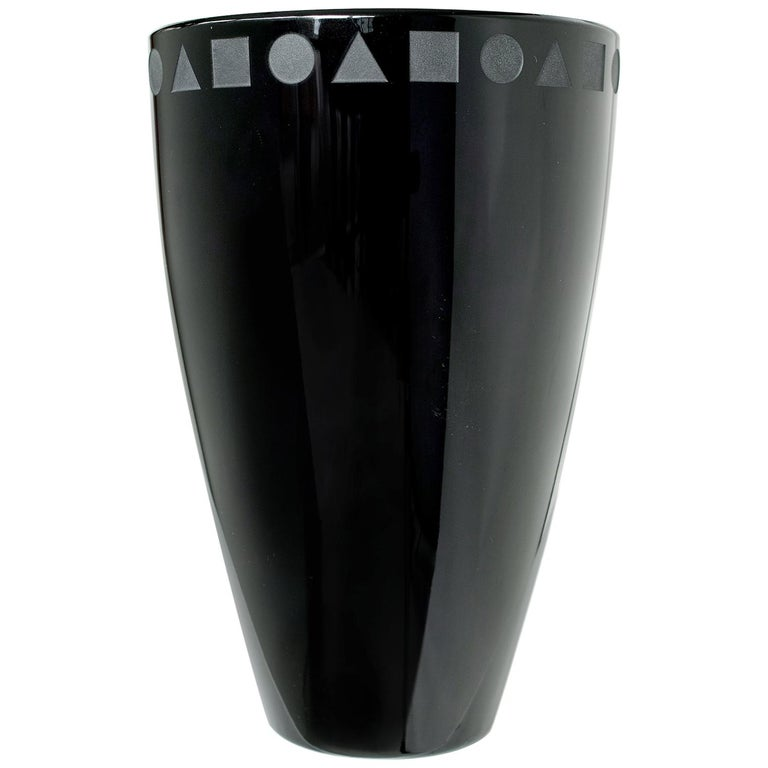 Large Black Sengai Vase by Ward Bennett For Sale