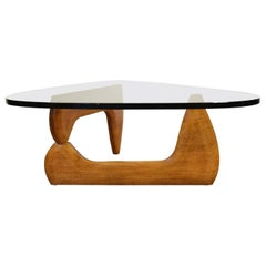 Midcentury Isamu Noguchi Sculpture Coffee Table produced by Herman Miller