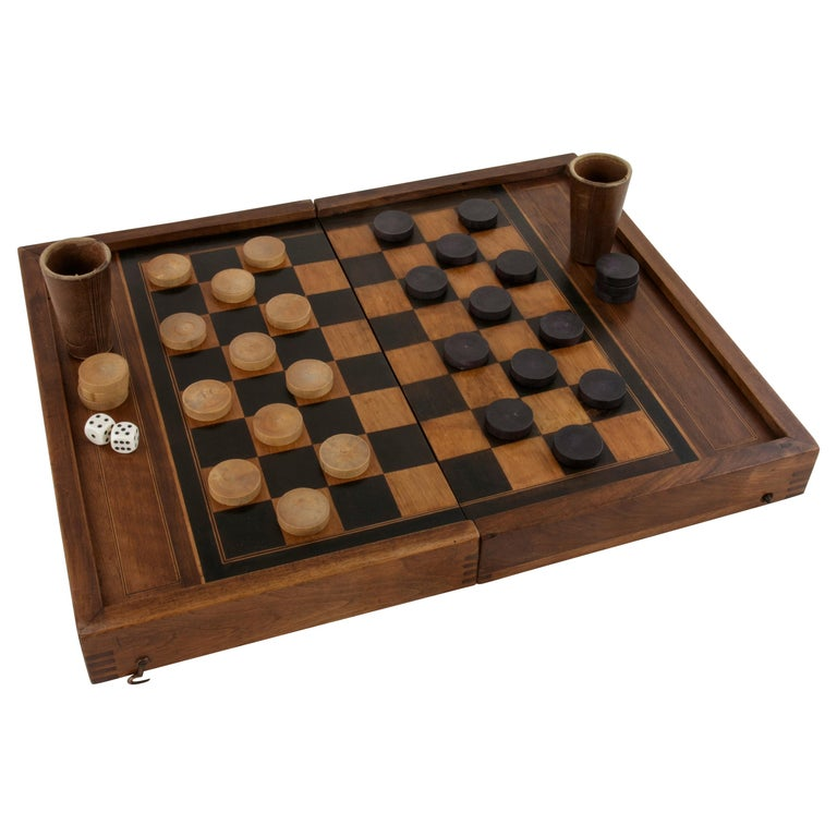 French Walnut and Pear Wood Marquetry Backgammon & Checkers Game Box, circa 1900 For Sale