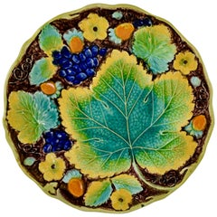 Samuel Alcock & Co. Strawberry and Grape Leaf Plate, England, circa 1850