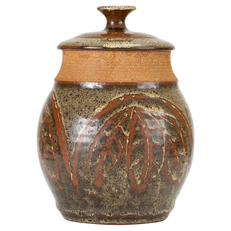 California Modern Studio Pottery Urn with Leaf Pattern by Don Jennings For Sale