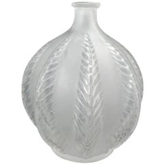 René Lalique Clear and Frosted Glass 'Malines' Vase