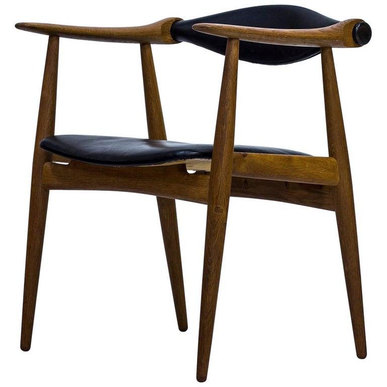 """Yoke Chair"" by Hans J. Wegner, circa 1962, Carl Hansen & Søn For Sale"
