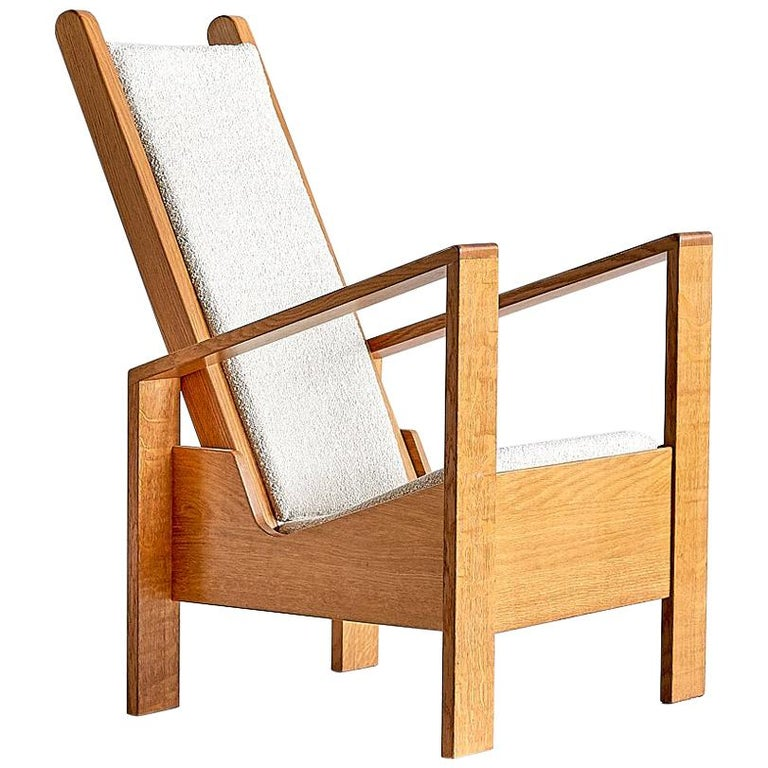 Modernist Armchair in Solid Oak and Ivory Lelièvre Fabric, France, 1940s For Sale