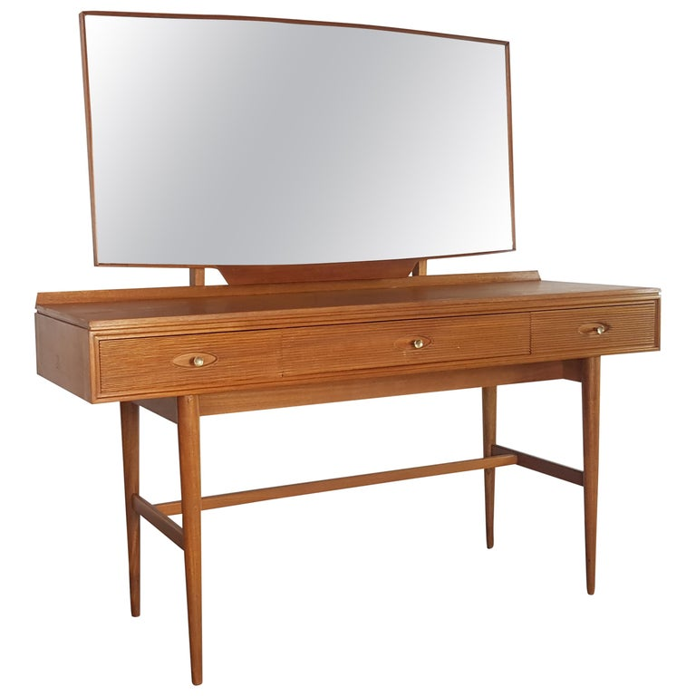 1960s Robert Heritage for Archie Shine Teak Dressing Table  For Sale