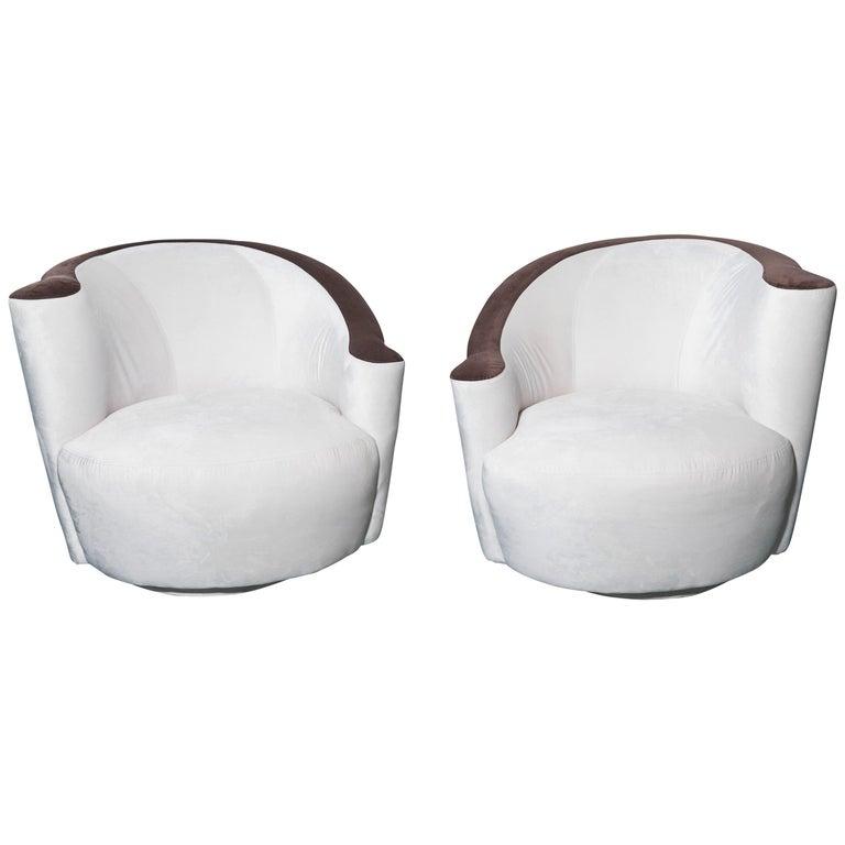 Pair of Midcentury Vladimir Kagan Nautilus Swivel Chairs For Sale